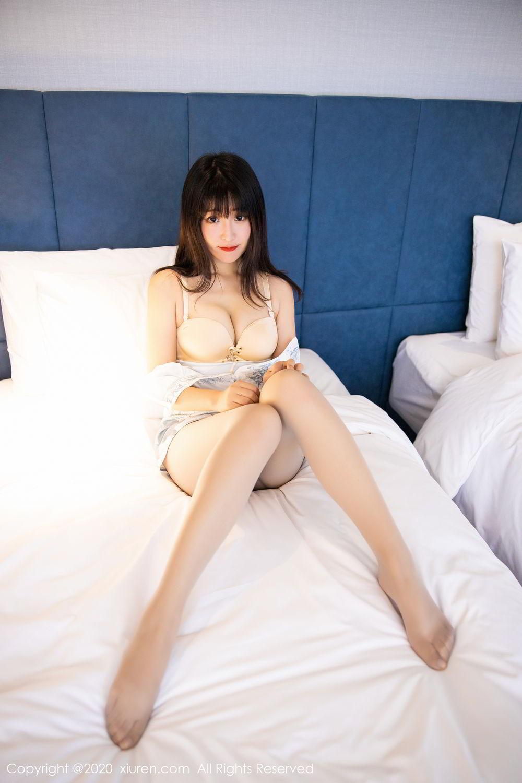 [XiuRen] Vol.2211 Tong Qian Yi 4P, Cheongsam, Underwear, Xiuren
