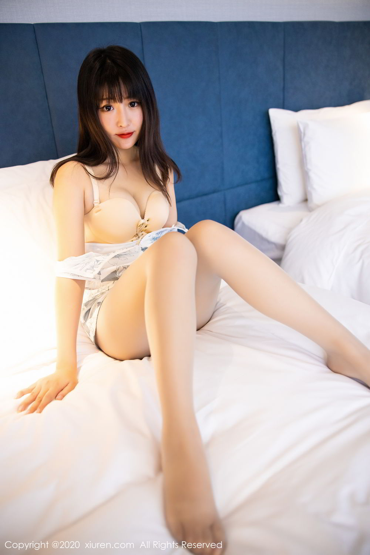 [XiuRen] Vol.2211 Tong Qian Yi 61P, Cheongsam, Underwear, Xiuren