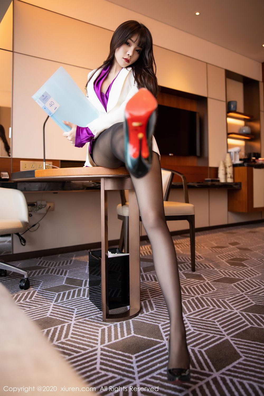 [XiuRen] Vol.2256 Zhi Zhi Booty 24P, Black Silk, Chen Zhi, Uniform, Xiuren