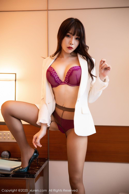 [XiuRen] Vol.2256 Zhi Zhi Booty 42P, Black Silk, Chen Zhi, Uniform, Xiuren