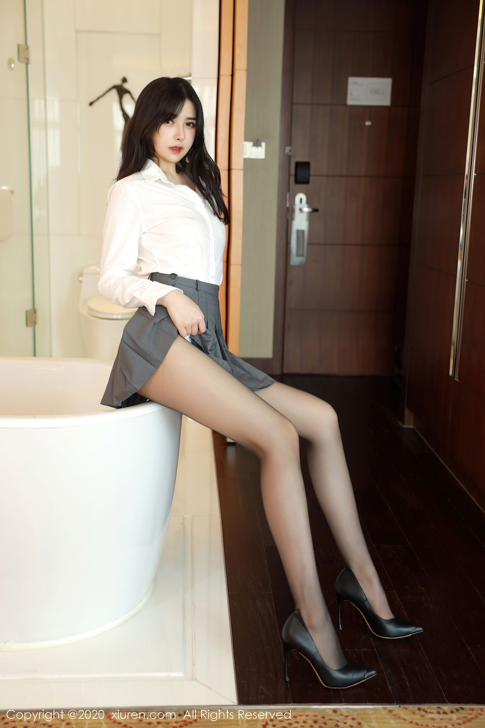 [XiuRen] Vol.2330 Han Jing An 18P, Han Jing An, Tall, Uniform, Xiuren