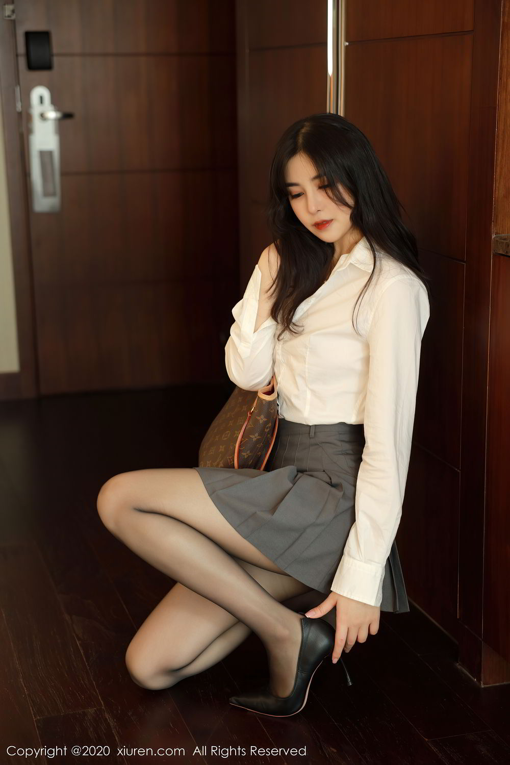 [XiuRen] Vol.2330 Han Jing An 3P, Han Jing An, Tall, Uniform, Xiuren