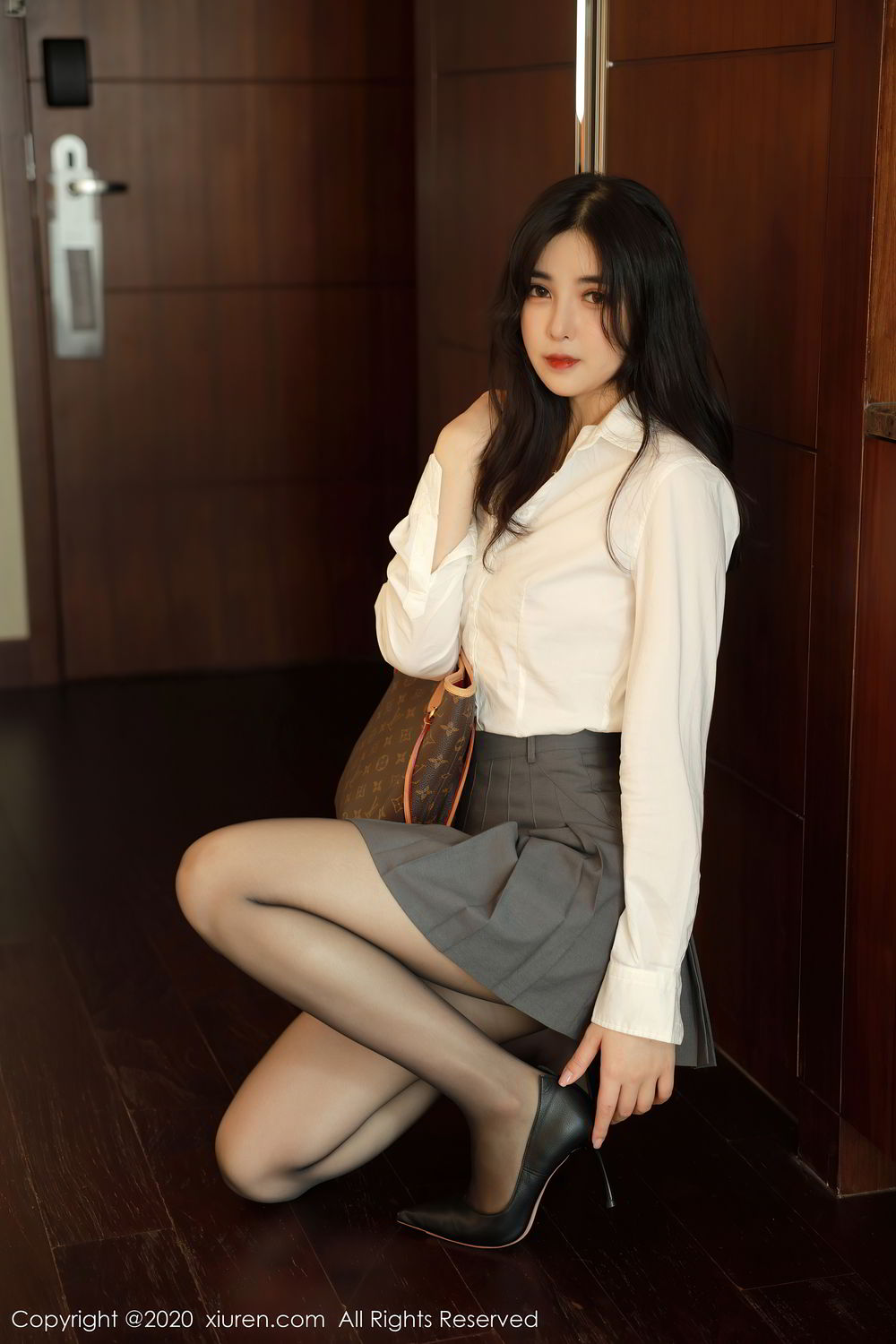 [XiuRen] Vol.2330 Han Jing An 4P, Han Jing An, Tall, Uniform, Xiuren