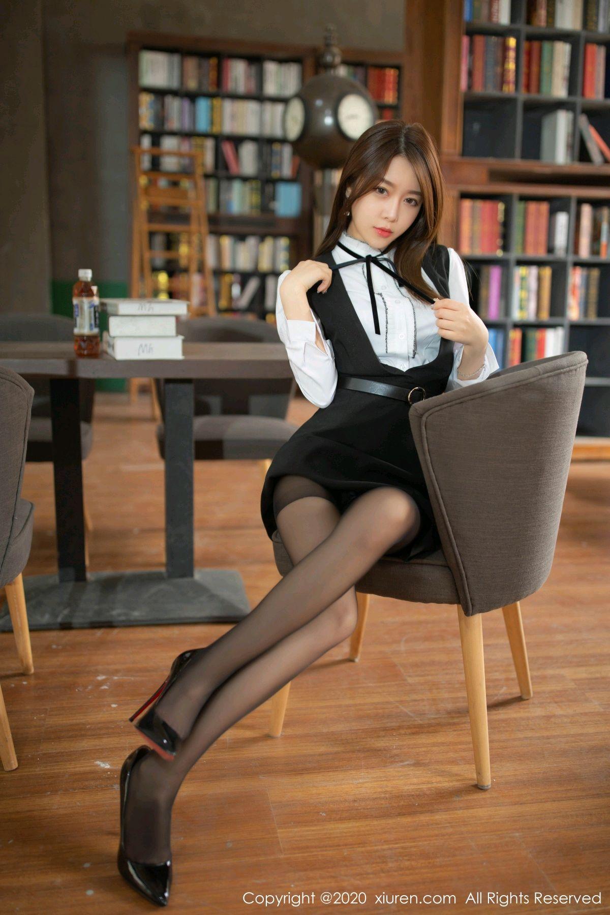 [XiuRen] Vol.2338 Xia Shi Wen 18P, Black Silk, Xia Shi Shi, Xiuren