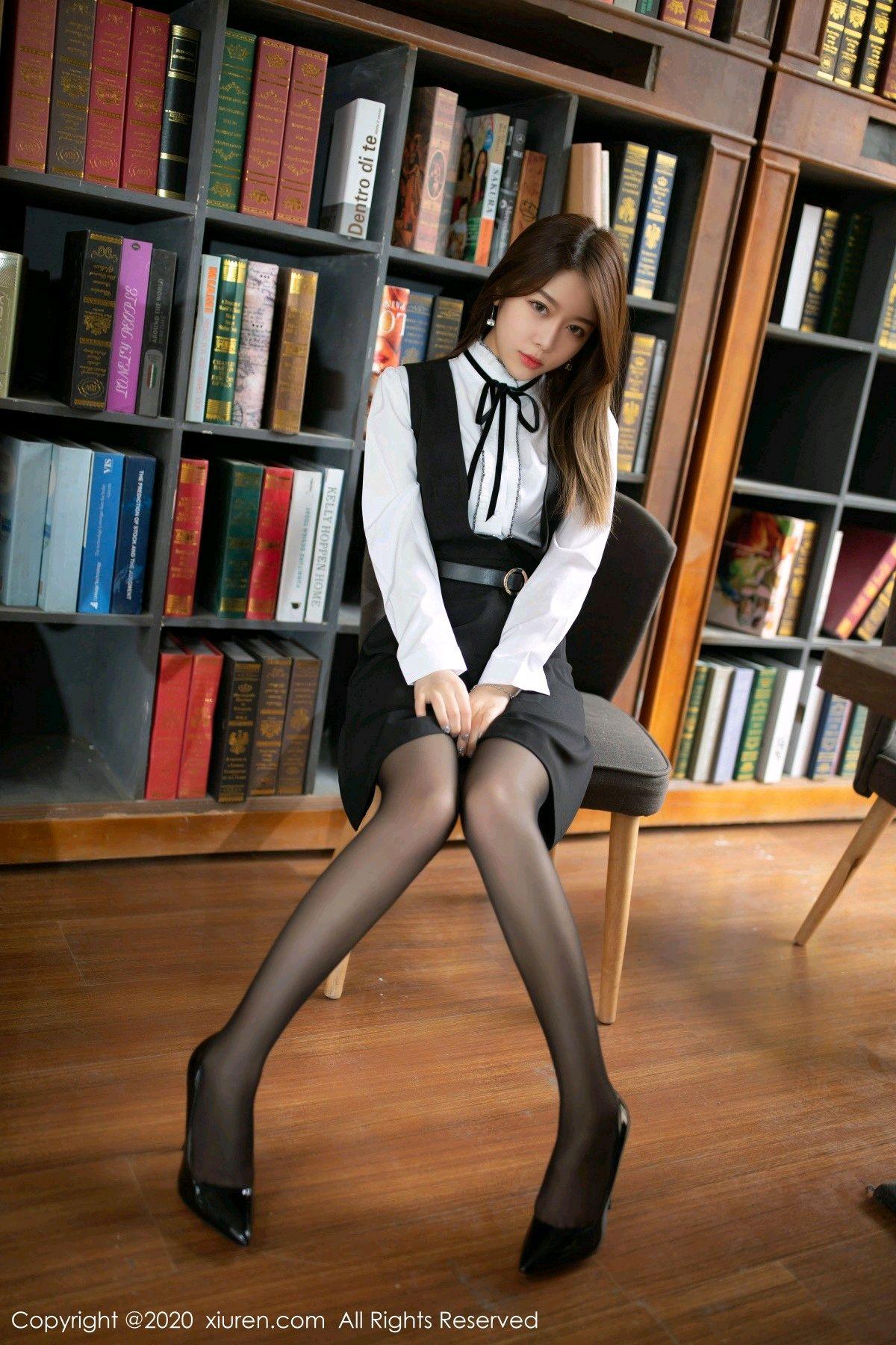 [XiuRen] Vol.2338 Xia Shi Wen 8P, Black Silk, Xia Shi Shi, Xiuren