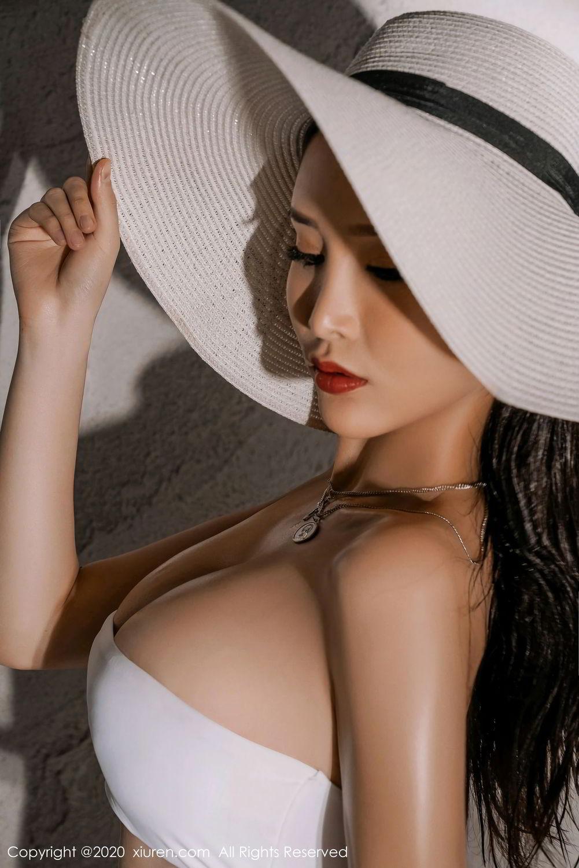 [XiuRen] Vol.2339 Tu Fei Yuan Ai Chuo Qiong 10P, Sexy, Xiuren, Zhou Yan Xi