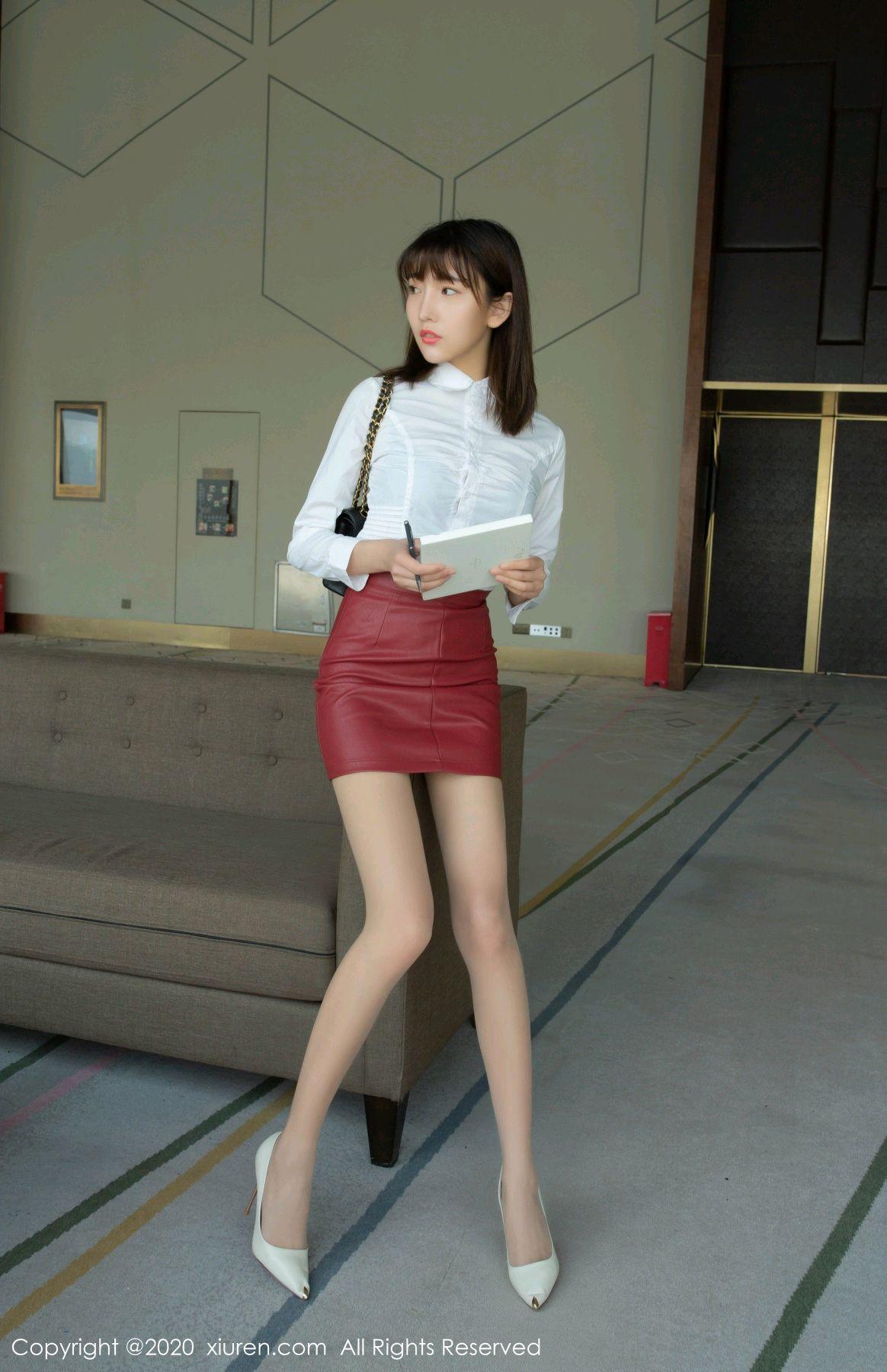 [XiuRen] Vol.2393 Lu Xuan Xuan 3P, Lu Xuan Xuan, Underwear, Xiuren