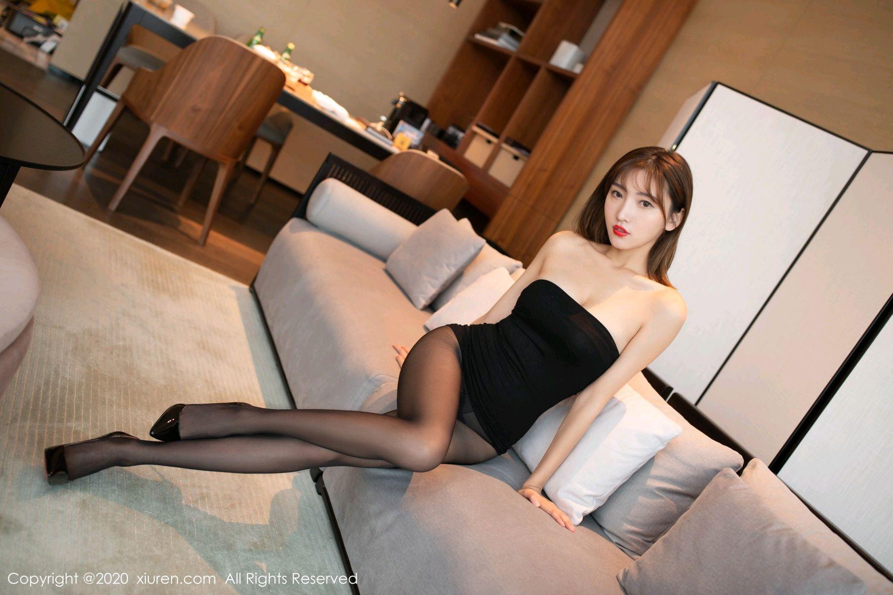 [XiuRen] Vol.2410 Lu Xuan Xuan 5P, Black Silk, Lu Xuan Xuan, Tall, Xiuren