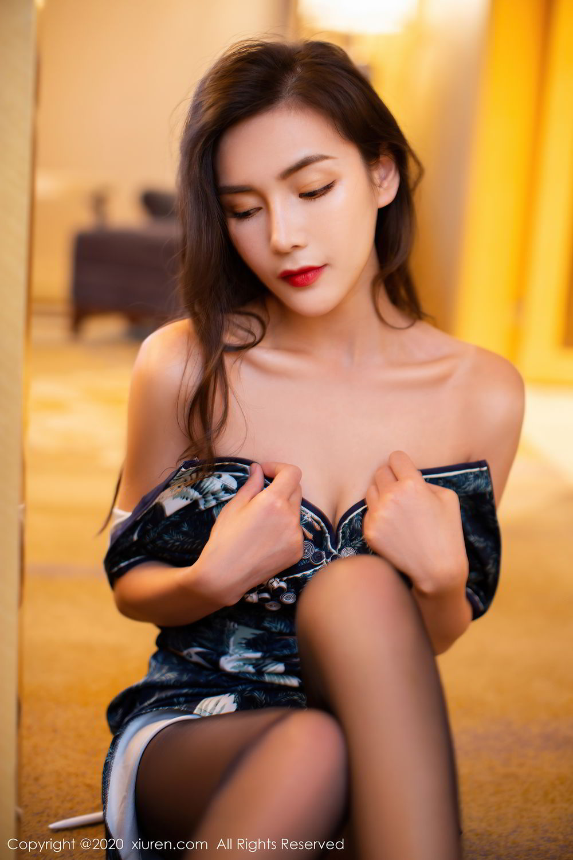 [XiuRen] Vol.2411 Xia Yue 7P, Black Silk, Cheongsam, Tall, Temperament, Xia Yue, Xiuren