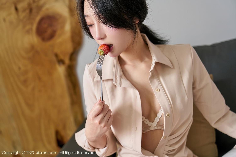 [XiuRen] Vol.2424 Jiu Yue Sheng 34P, Tall, Temperament, Xiao Jiu Yue, Xiuren