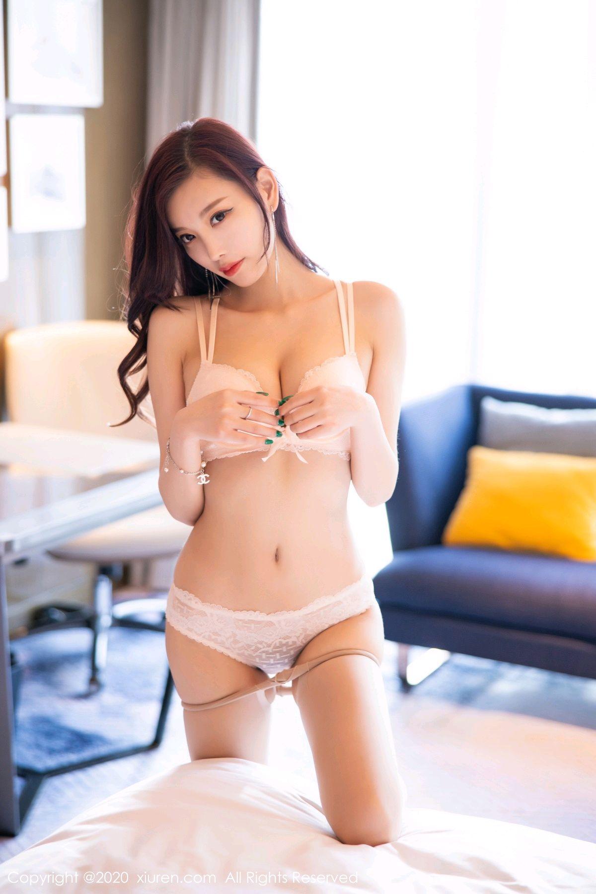 [XiuRen] Vol.2431 Yang Chen Chen 69P, Tall, Underwear, Uniform, Xiuren, Yang Chen Chen
