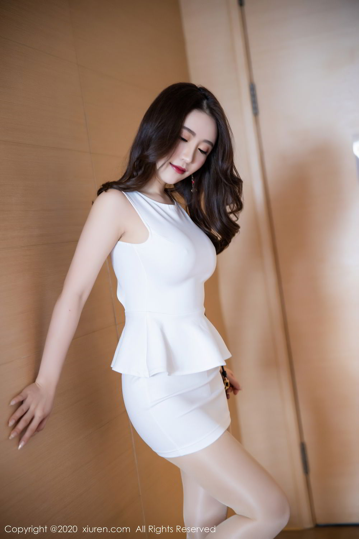 [XiuRen] Vol.2441 Fei Yue Ying 17P, Big Booty, Underwear, Xie Zhi Xin, Xiuren