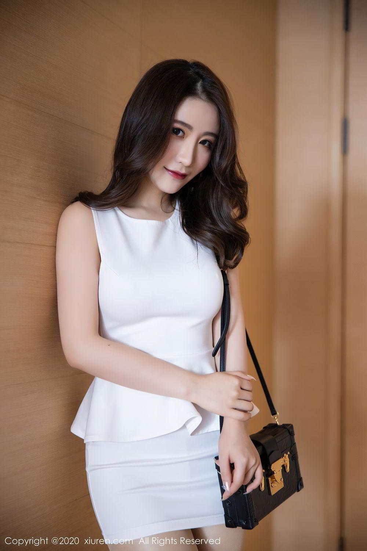 [XiuRen] Vol.2441 Fei Yue Ying 18P, Big Booty, Underwear, Xie Zhi Xin, Xiuren
