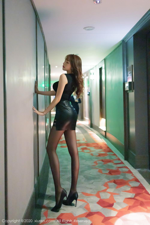 [XiuRen] Vol.2445 Zhi Zhi Booty 12P, Black Silk, Chen Zhi, Sexy, Street, Xiuren