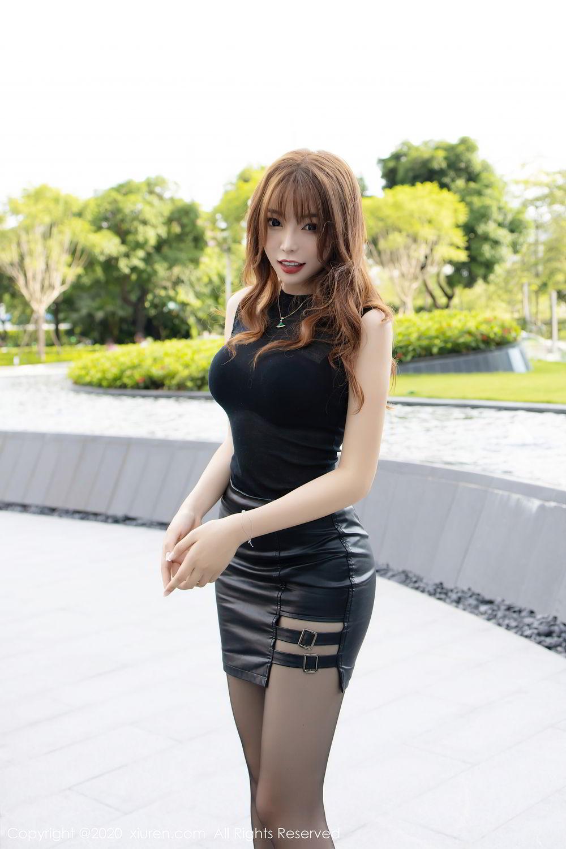 [XiuRen] Vol.2445 Zhi Zhi Booty 15P, Black Silk, Chen Zhi, Sexy, Street, Xiuren