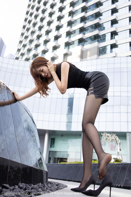 [XiuRen] Vol.2445 Zhi Zhi Booty 22P, Black Silk, Chen Zhi, Sexy, Street, Xiuren