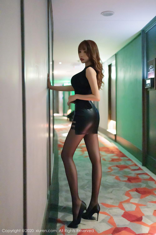 [XiuRen] Vol.2445 Zhi Zhi Booty 23P, Black Silk, Chen Zhi, Sexy, Street, Xiuren
