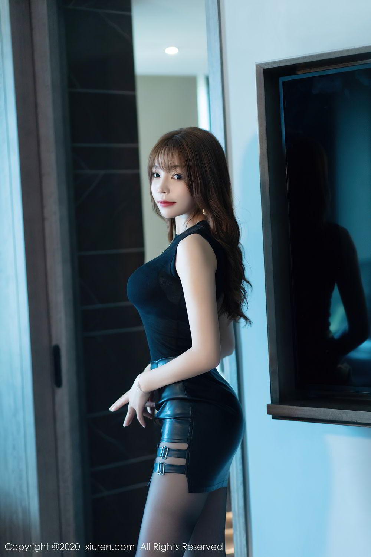 [XiuRen] Vol.2445 Zhi Zhi Booty 25P, Black Silk, Chen Zhi, Sexy, Street, Xiuren