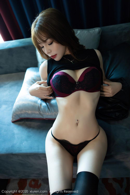 [XiuRen] Vol.2445 Zhi Zhi Booty 32P, Black Silk, Chen Zhi, Sexy, Street, Xiuren