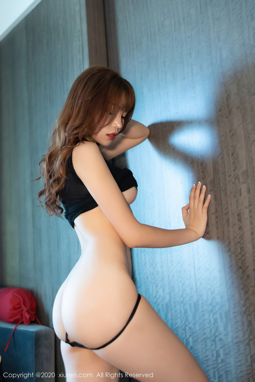 [XiuRen] Vol.2445 Zhi Zhi Booty 47P, Black Silk, Chen Zhi, Sexy, Street, Xiuren