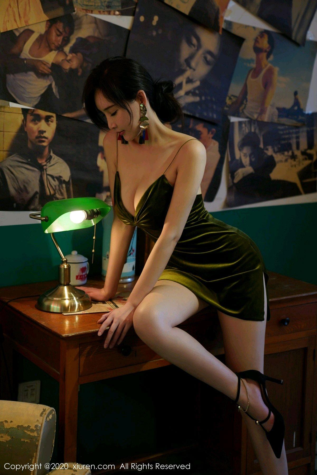 [XiuRen] Vol.2477 Tu Fei Yuan Ai Chuo QIong 1P, Sexy, Xiuren, Zhou Yan Xi