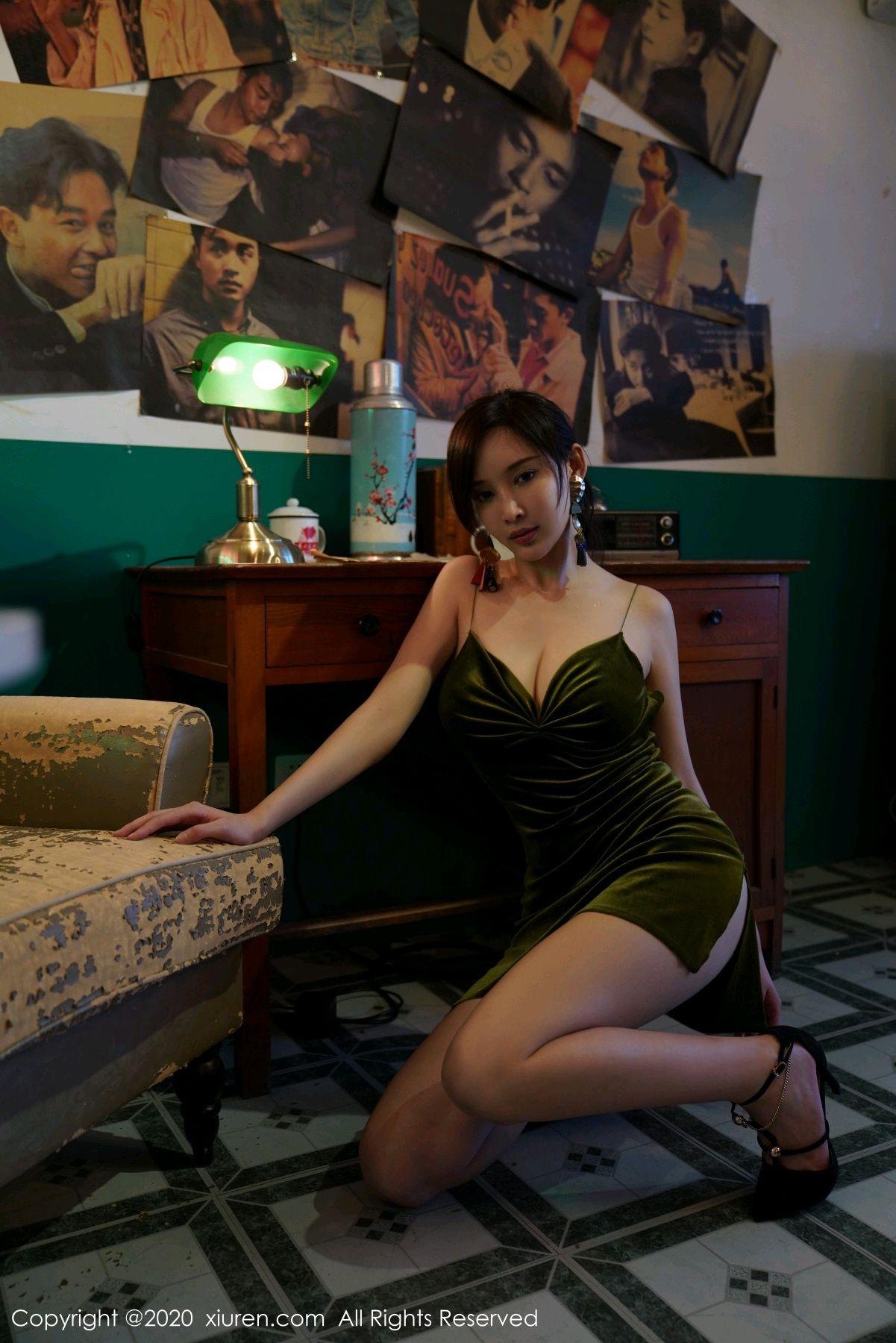 [XiuRen] Vol.2477 Tu Fei Yuan Ai Chuo QIong 28P, Sexy, Xiuren, Zhou Yan Xi
