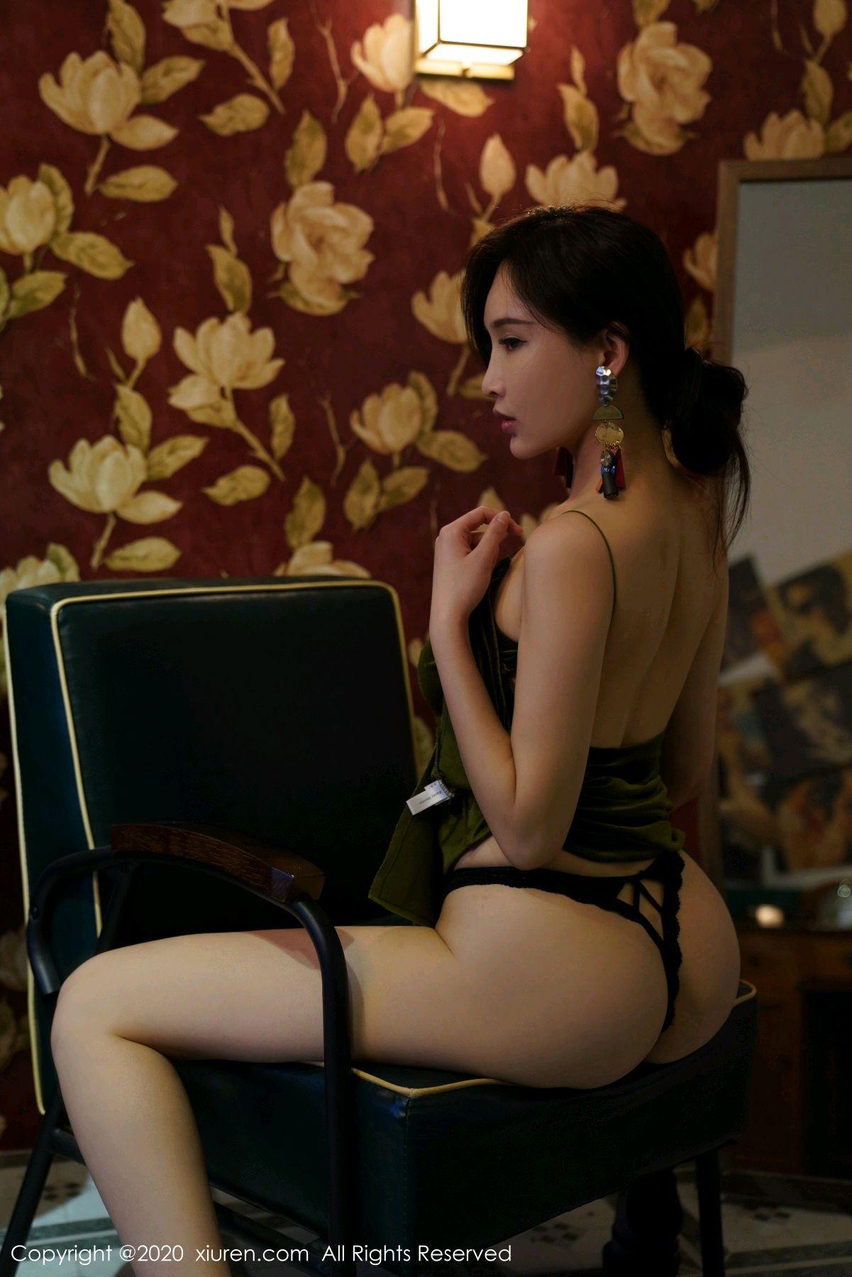 [XiuRen] Vol.2477 Tu Fei Yuan Ai Chuo QIong 45P, Sexy, Xiuren, Zhou Yan Xi