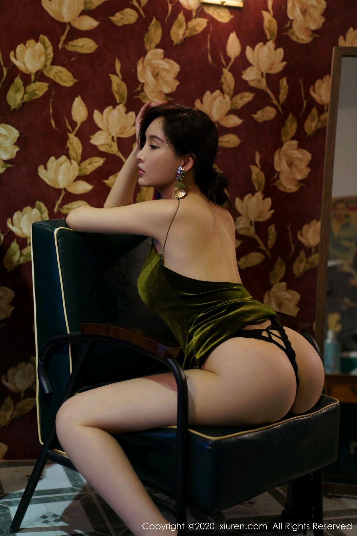 [XiuRen] Vol.2477 Tu Fei Yuan Ai Chuo QIong 48P, Sexy, Xiuren, Zhou Yan Xi
