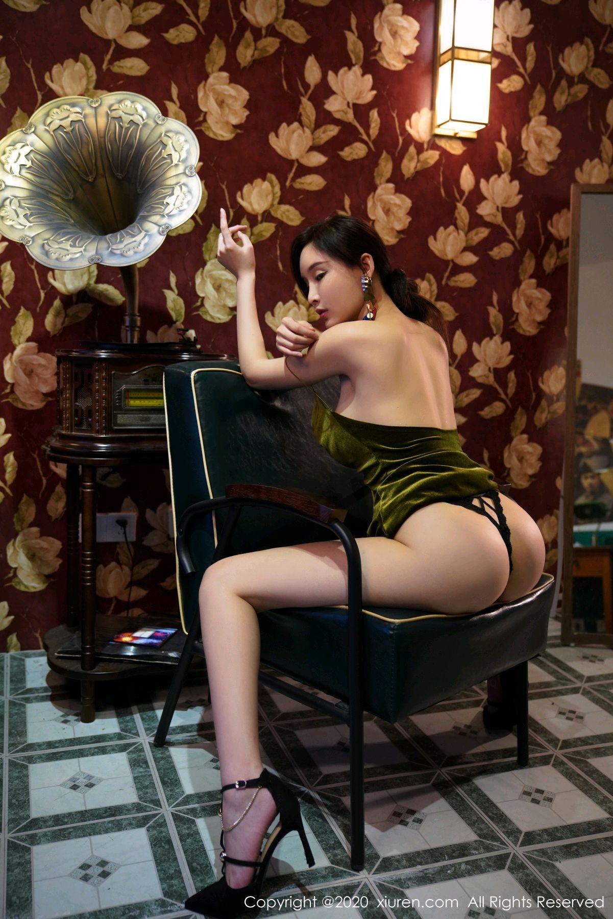 [XiuRen] Vol.2477 Tu Fei Yuan Ai Chuo QIong 51P, Sexy, Xiuren, Zhou Yan Xi