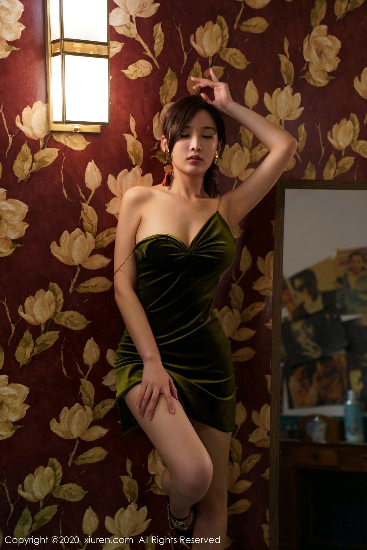 [XiuRen] Vol.2477 Tu Fei Yuan Ai Chuo QIong 55P, Sexy, Xiuren, Zhou Yan Xi