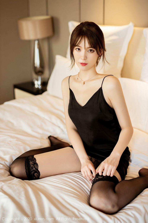 [XiuRen] Vol.2483 Yoo You You 10P, Black Silk, Tall, Xiuren, Yoo You You