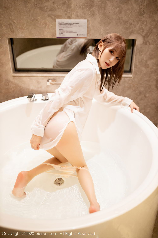 [XiuRen] Vol.2495 Zhou Mu Xi 15P, Bathroom, Slim, Wet, Xiuren, Zhou Mu Xi