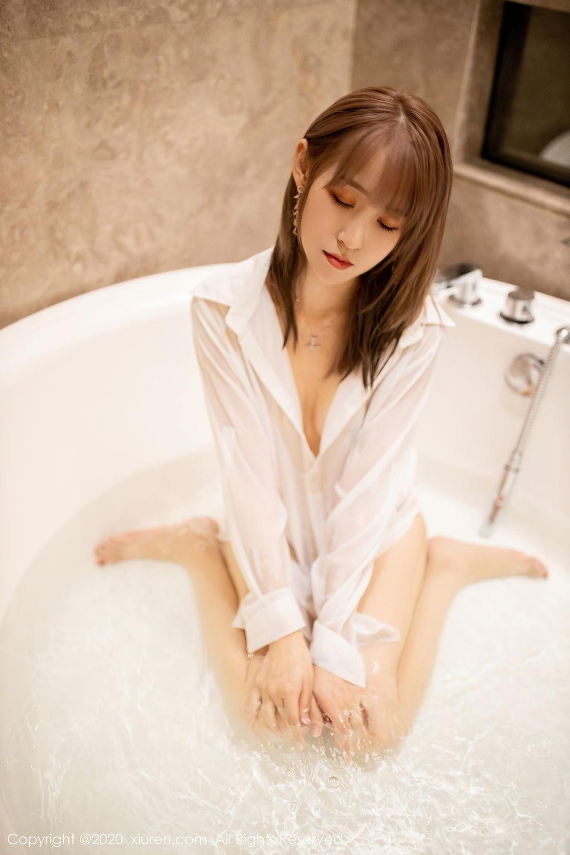[XiuRen] Vol.2495 Zhou Mu Xi 28P, Bathroom, Slim, Wet, Xiuren, Zhou Mu Xi