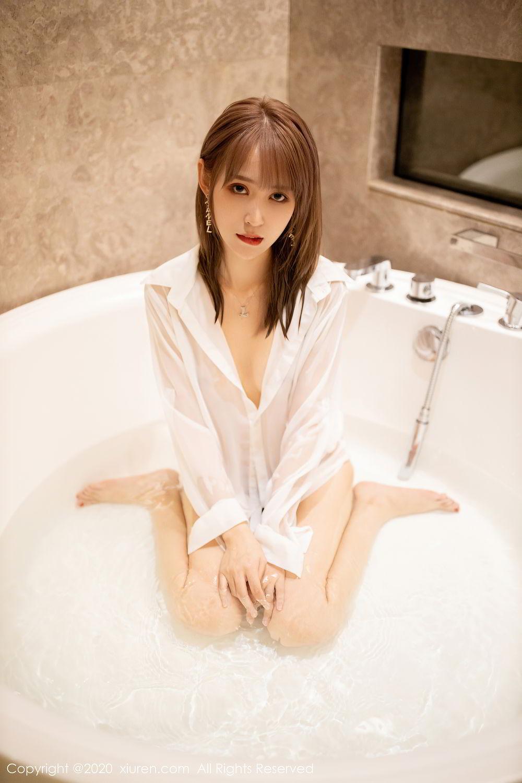 [XiuRen] Vol.2495 Zhou Mu Xi 35P, Bathroom, Slim, Wet, Xiuren, Zhou Mu Xi
