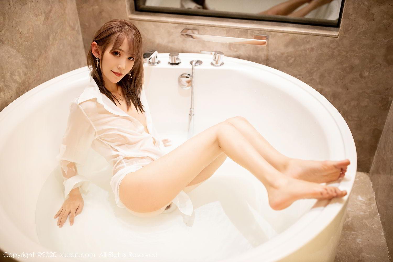 [XiuRen] Vol.2495 Zhou Mu Xi 42P, Bathroom, Slim, Wet, Xiuren, Zhou Mu Xi