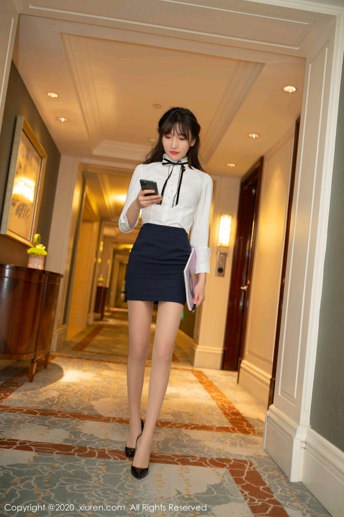 [XiuRen] Vol.2626 Secrets in mobile phones 1P, Chen Xiao Miao, Lu Xuan Xuan, School Uniform, Sisters, Xiuren