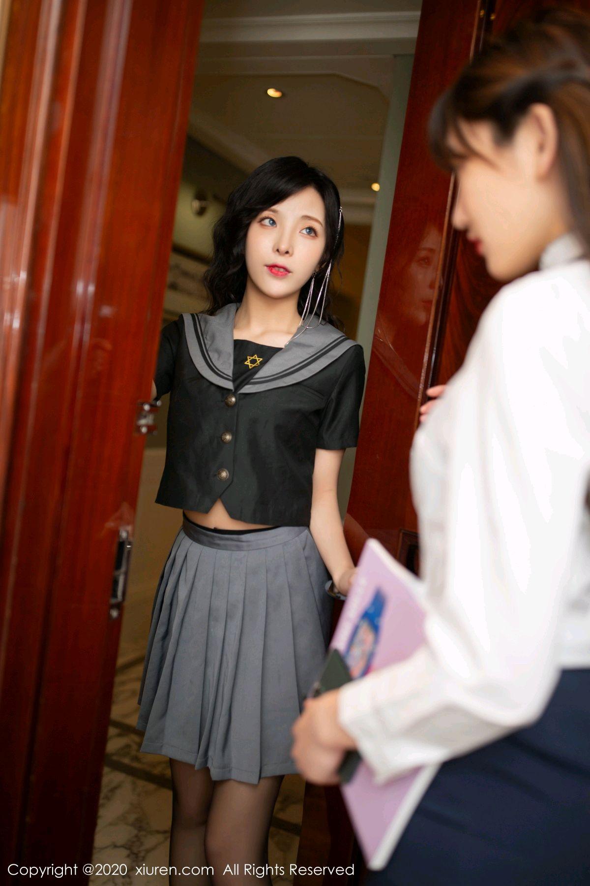 [XiuRen] Vol.2626 Secrets in mobile phones 3P, Chen Xiao Miao, Lu Xuan Xuan, School Uniform, Sisters, Xiuren
