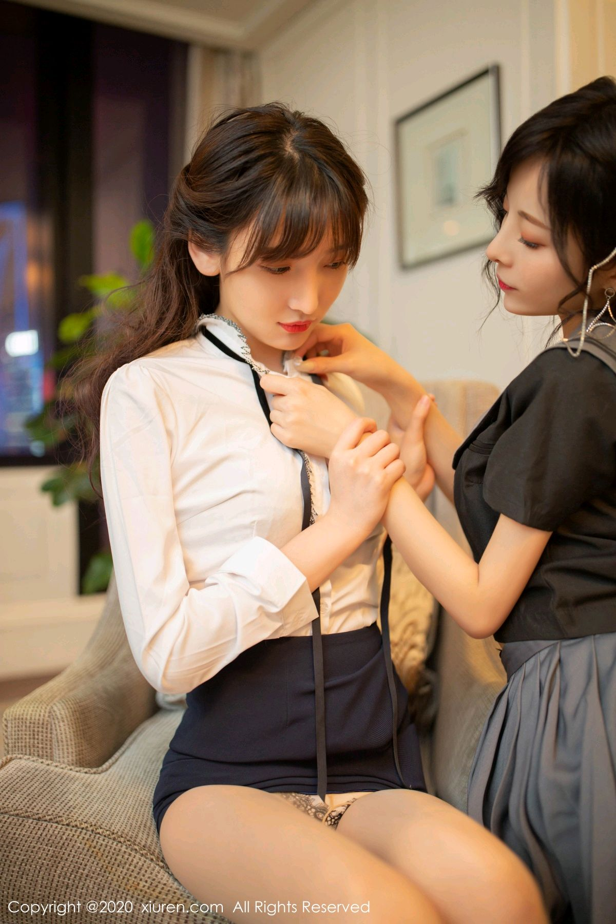 [XiuRen] Vol.2626 Secrets in mobile phones 50P, Chen Xiao Miao, Lu Xuan Xuan, School Uniform, Sisters, Xiuren