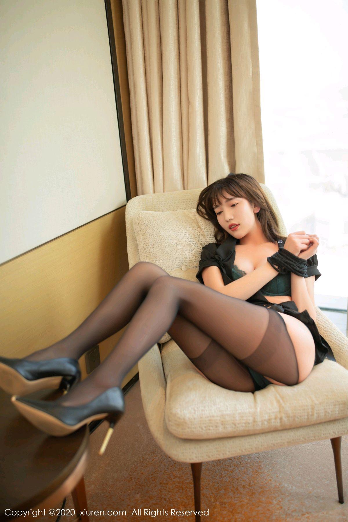 [XiuRen] Vol.2636 Lu Xuan Xuan 20P, Black Silk, Lu Xuan Xuan, Nurse, Uniform, Xiuren