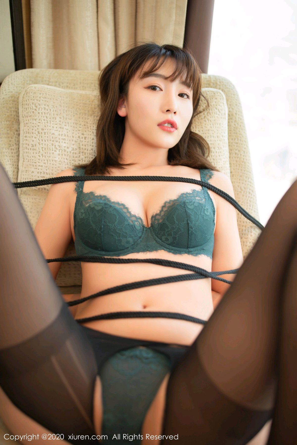 [XiuRen] Vol.2636 Lu Xuan Xuan 30P, Black Silk, Lu Xuan Xuan, Nurse, Uniform, Xiuren