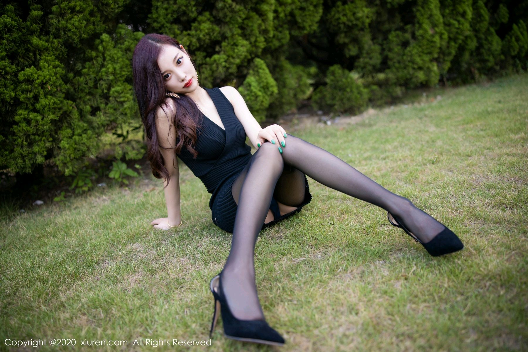 [XiuRen] Vol.2648 Yang Chen Chen 33P, Black Silk, Outdoor, Xiuren, Yang Chen Chen