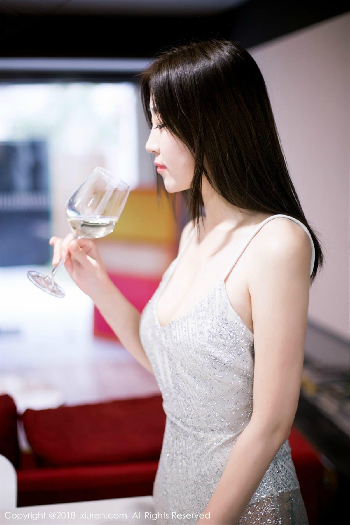 XiuRen No.1072 11P, Xiuren, Yi Wen Eva