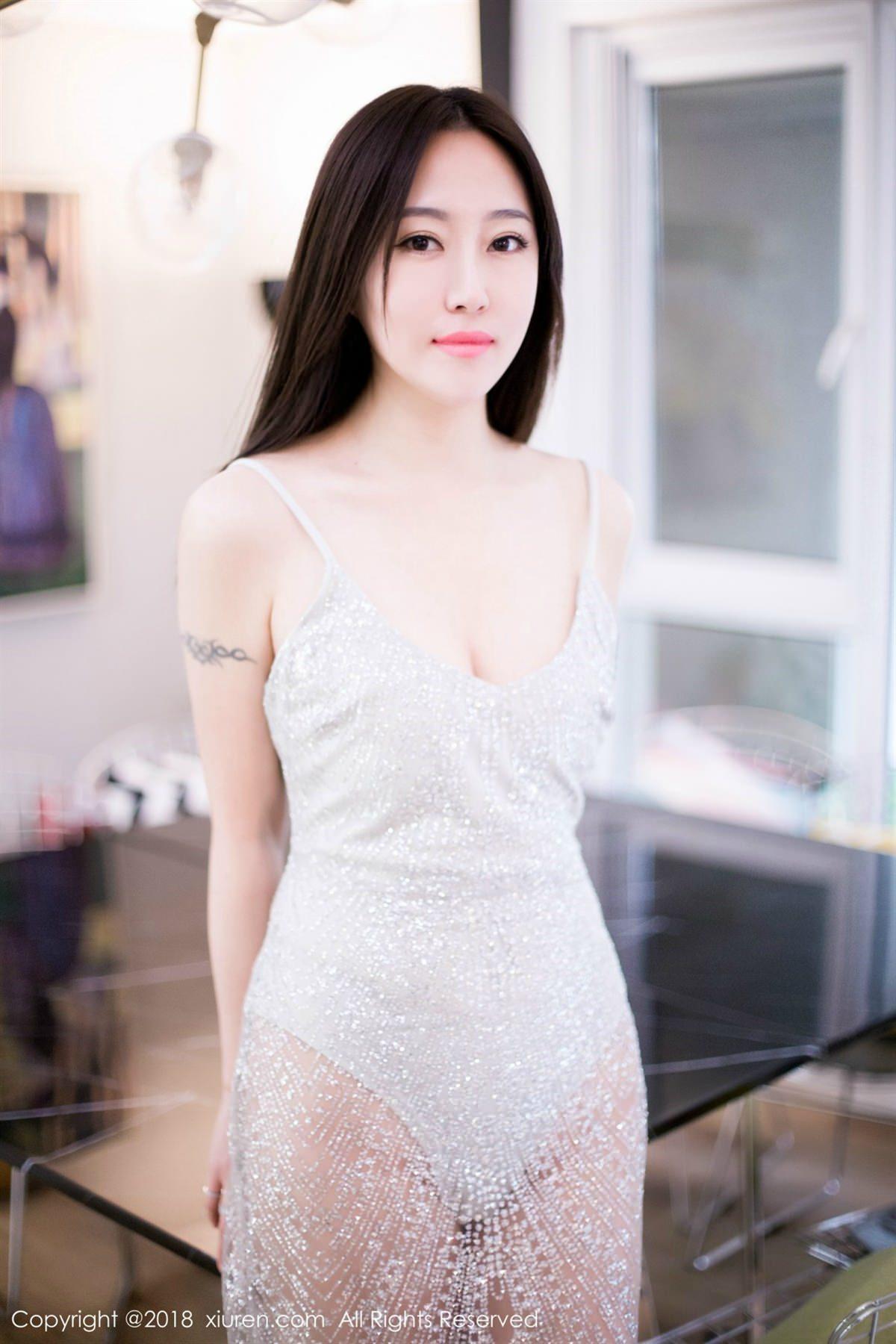 XiuRen No.1072 14P, Xiuren, Yi Wen Eva