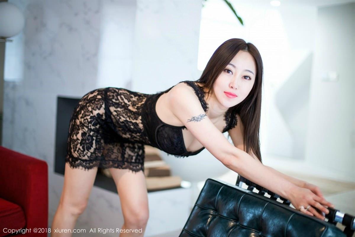 XiuRen No.1072 2P, Xiuren, Yi Wen Eva