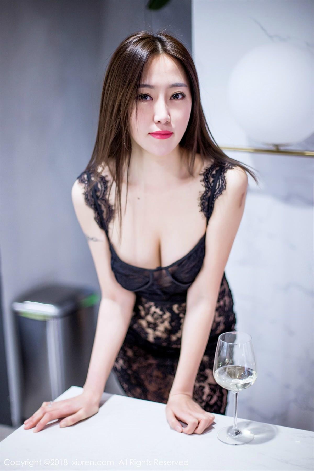 XiuRen No.1072 9P, Xiuren, Yi Wen Eva