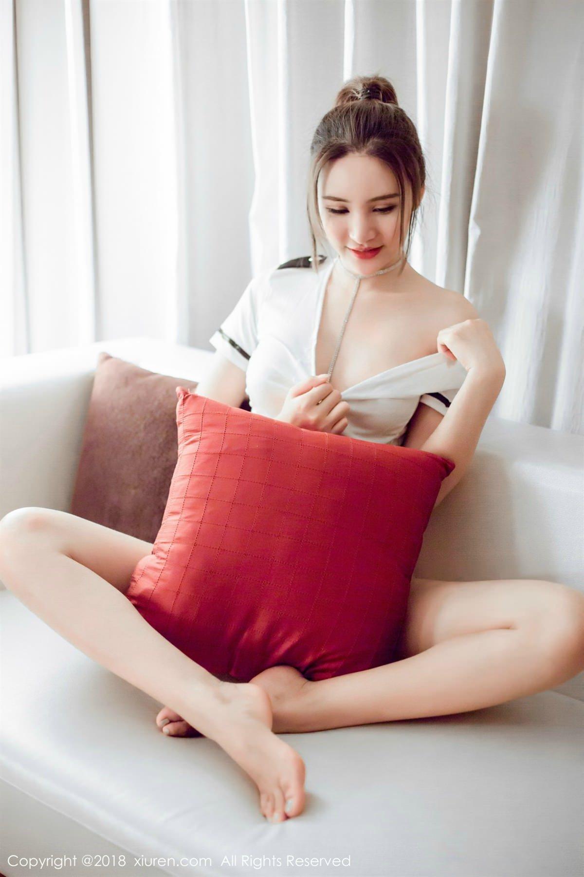 XiuRen No.1082 28P, Solo Yi Fei, Xiuren