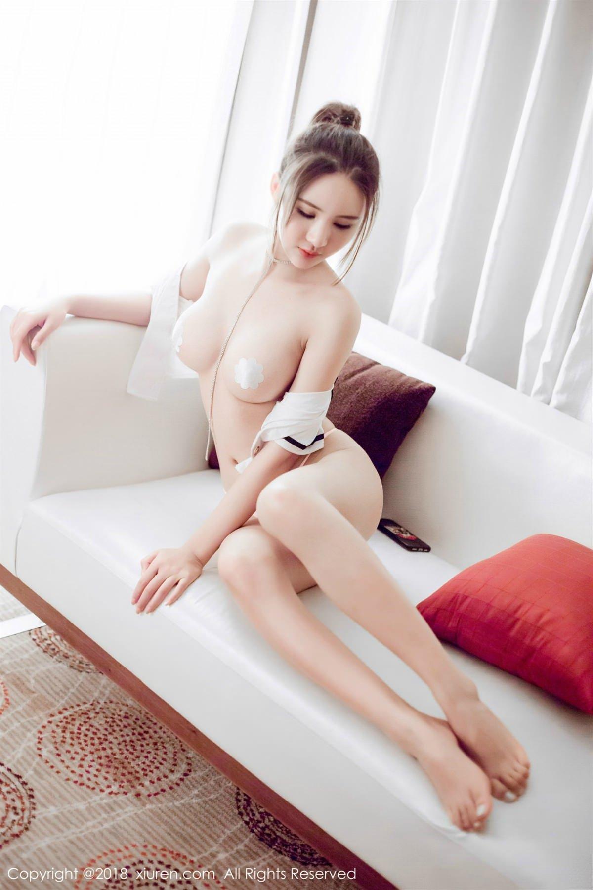 XiuRen No.1082 33P, Solo Yi Fei, Xiuren