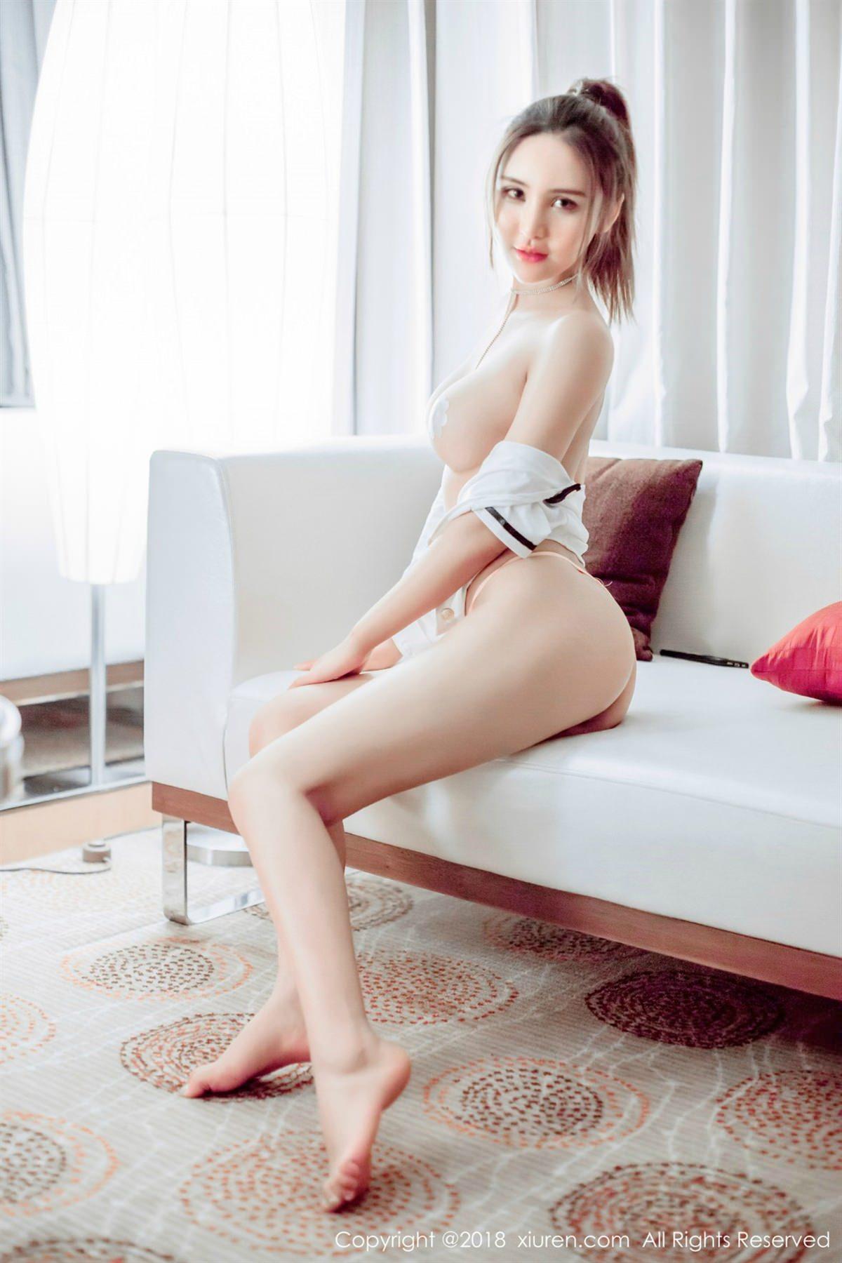 XiuRen No.1082 5P, Solo Yi Fei, Xiuren