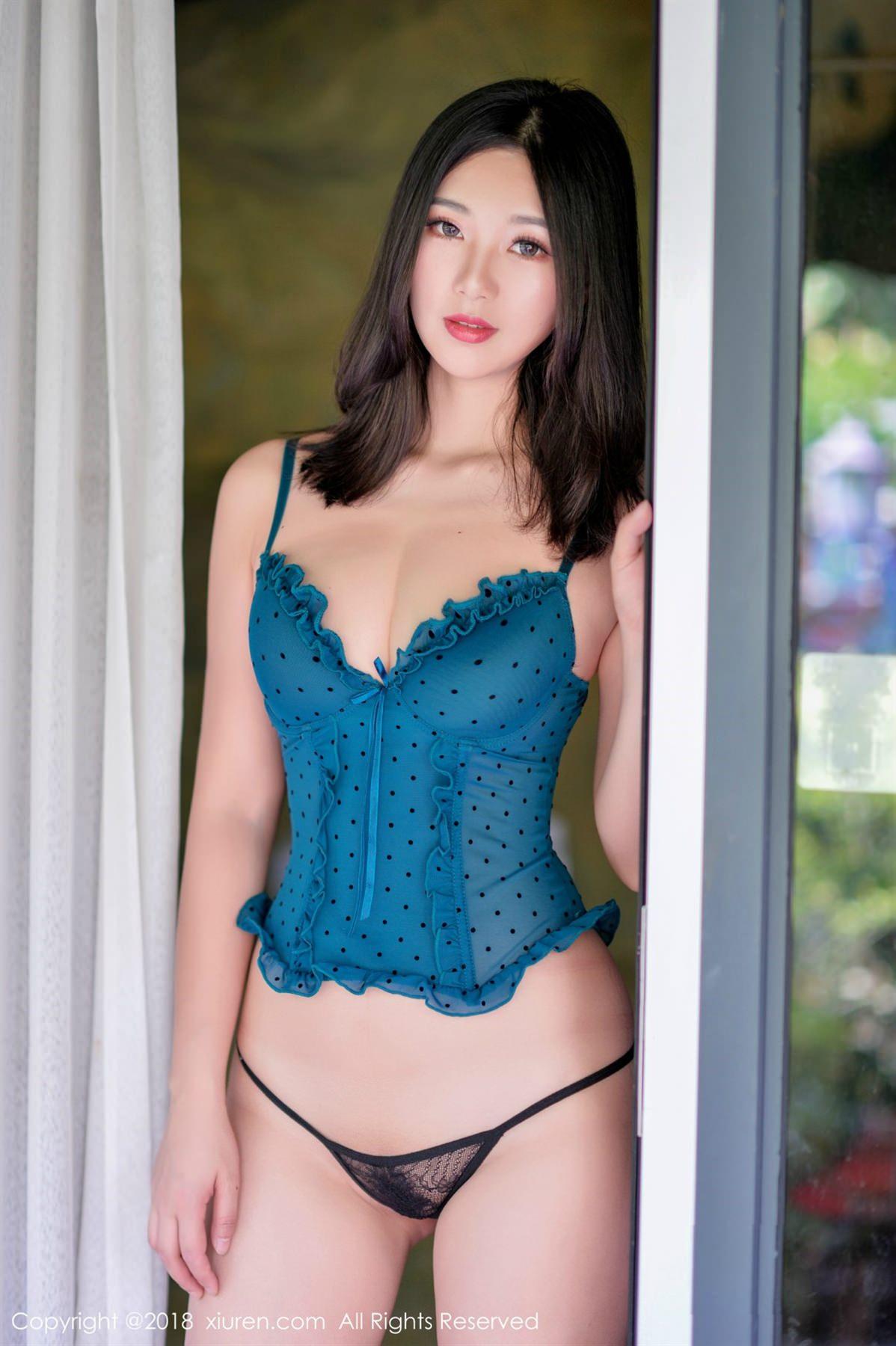 XiuRen No.1098 10P, Song Ki Ki, Xiuren
