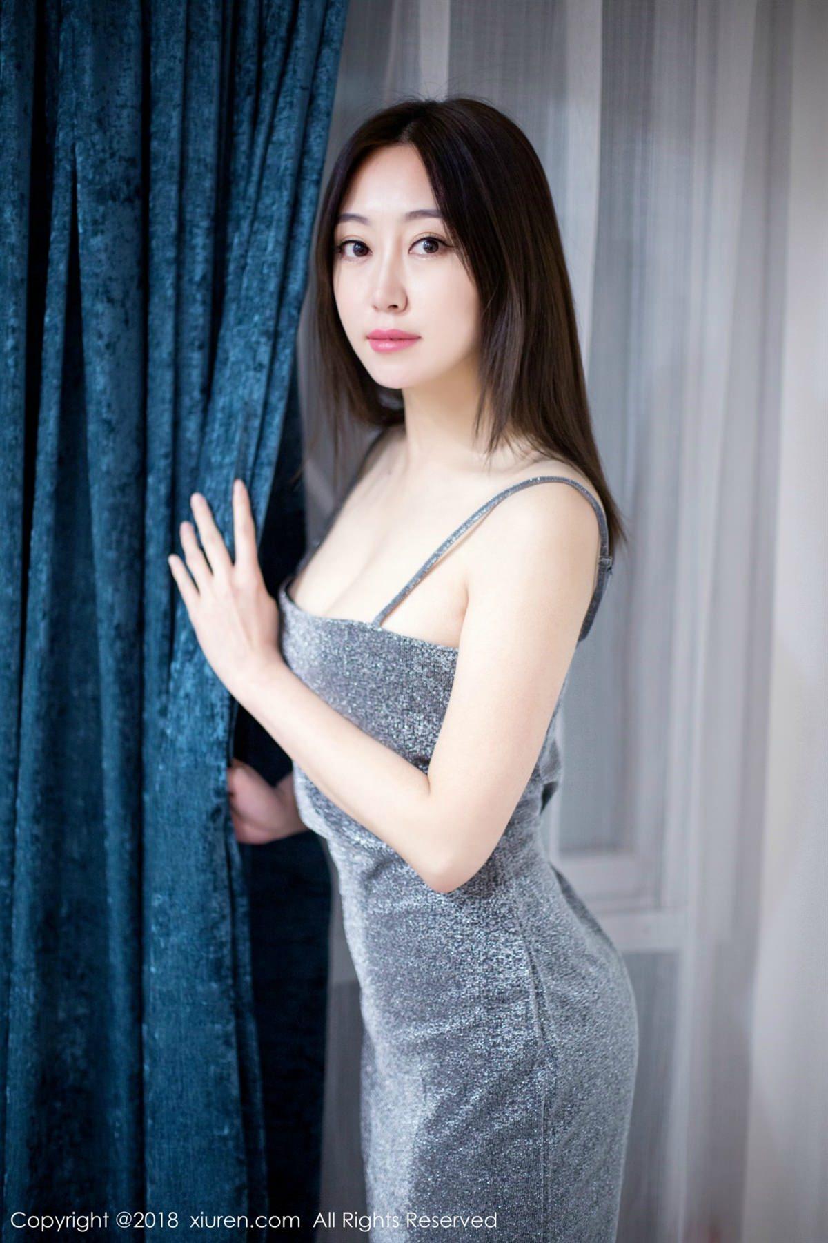 XiuRen No.1113 8P, Xiuren, Yi Wen Eva